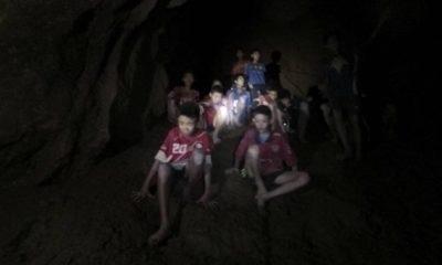 Thailandia Bambini Grotta
