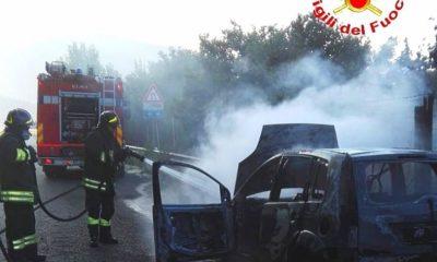 Auto incendiata Monte Laura