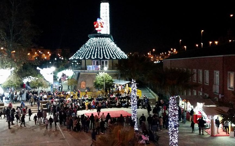 Villaggio Di Babbo Natale Cava Dei Tirreni.Villaggio Babbo Natale Salerno Inaugurazione Il 16 Novembre