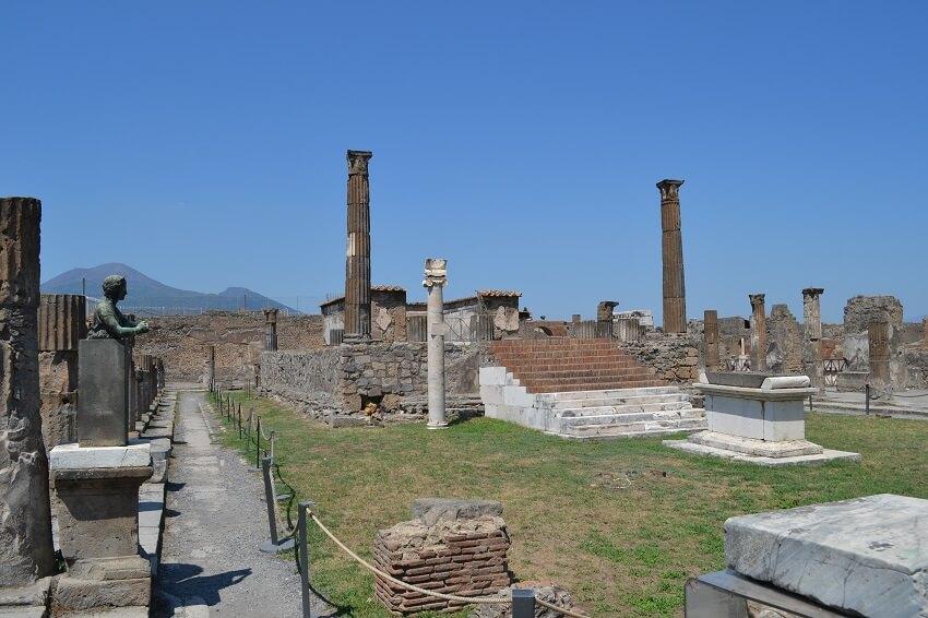 Scavi di Pompei Tempio Apollo