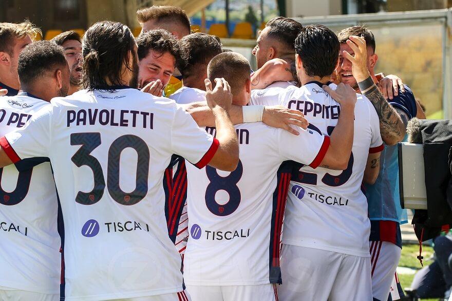 Cagliari esultanza